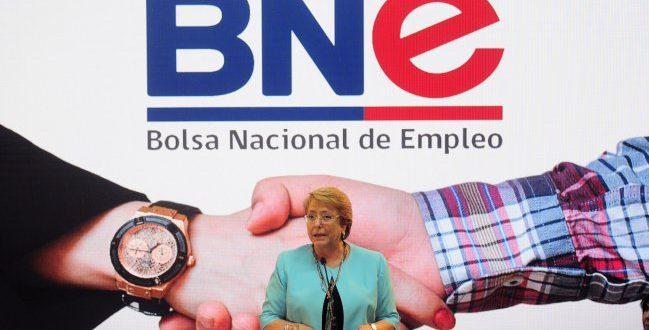 M s de 18 mil ofertas de trabajo ofrecer el gobierno en for Bolsa de trabajo oficinas de gobierno